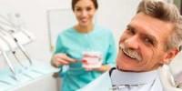 Бюгельный протез или зубные импланты