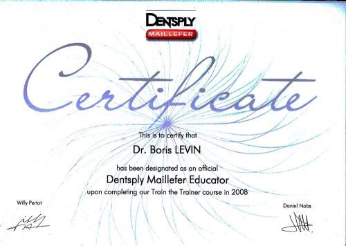 Сертификат официального преподавателя компании Dentsply