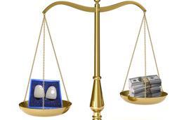 картинка весов на одной из лож виниры