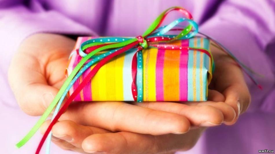 Зубной имплантат - это подарок современному пациенту