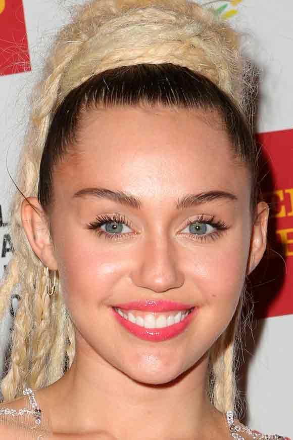 Уровень десенного края Miley Cyrus